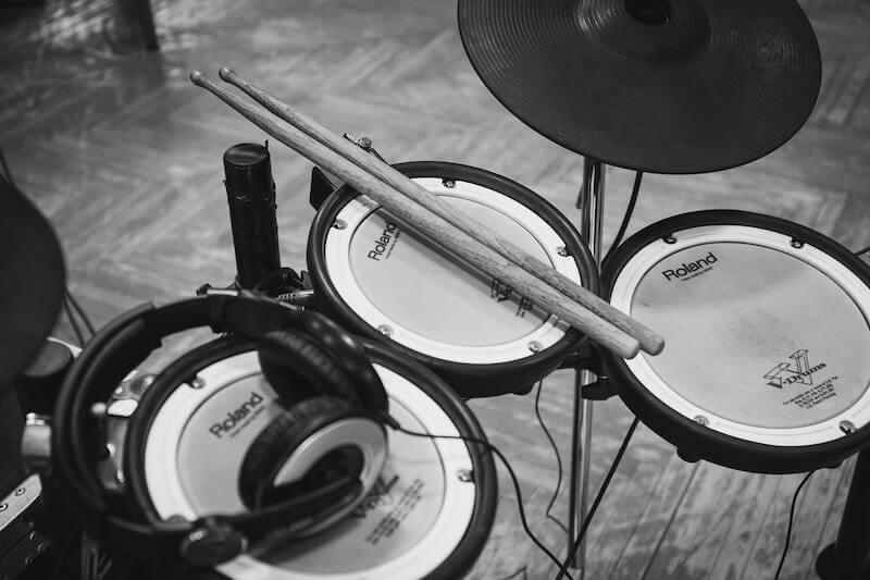 make-your-electronic-drum-kit-quieter